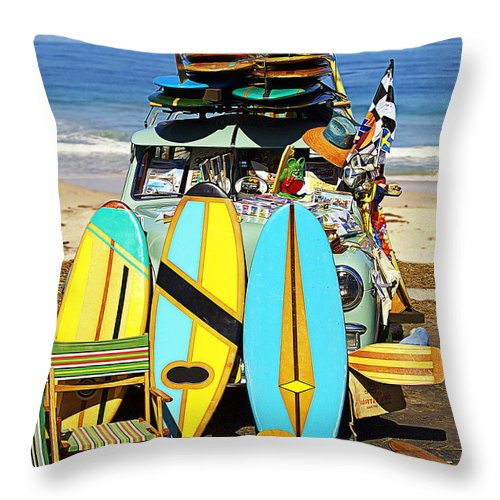 Surf Throw Pillow featuring the photograph Bringing Out The Goods by Ron Regalado