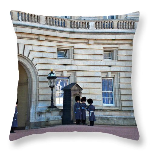 London Throw Pillow featuring the photograph Buckingham Palace Guards by Madeline Ellis