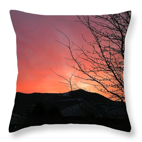 Sunrise Throw Pillow featuring the photograph Burlington Sunrise by Louise Magno