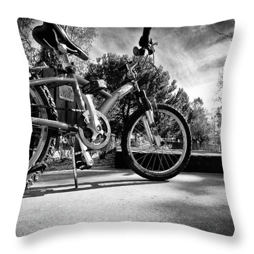Bycicle Throw Pillow featuring the photograph Bycicle by Nelson Mineiro