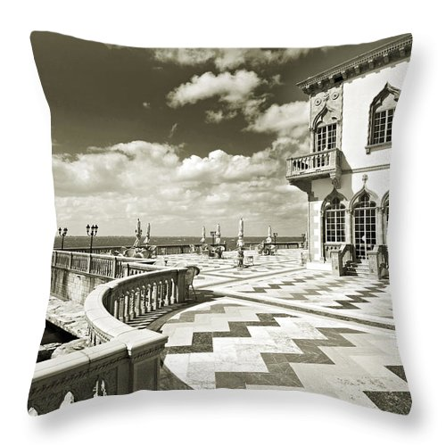 Ringling Throw Pillow featuring the photograph Ca D'zan Mansion by Mal Bray