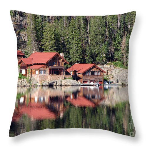 Cabin Throw Pillow featuring the photograph Cabin by Amanda Barcon