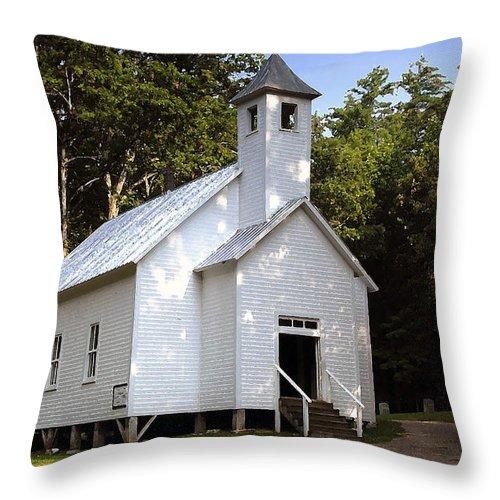Baptist Throw Pillow featuring the photograph Cades Cove Baptist Church by David Lee Thompson