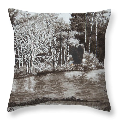 Callaway Gardens Throw Pillow featuring the painting Callaway Bald Eagle by Beth Parrish