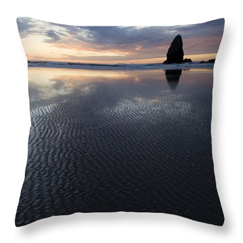 Canon Beach Throw Pillow featuring the photograph Canon Beach At Sunset 6 by Bob Christopher
