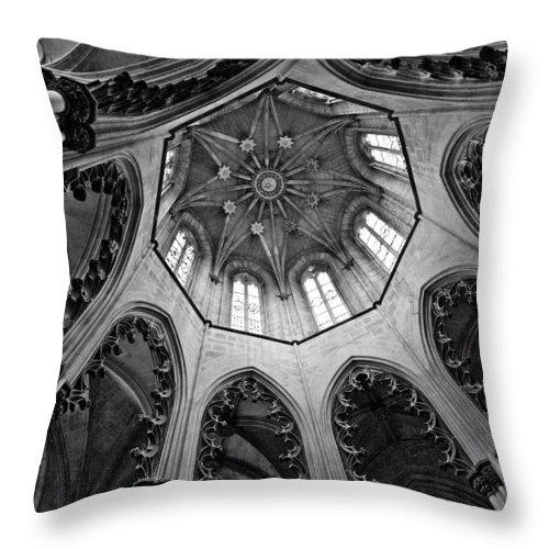 History Throw Pillow featuring the photograph Capela Do Fundador by Nelson Mineiro