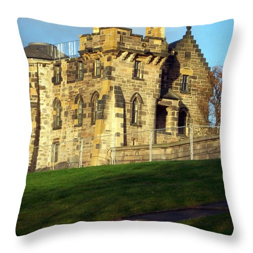 Scotland Throw Pillow featuring the photograph Caption Hill Building by Munir Alawi
