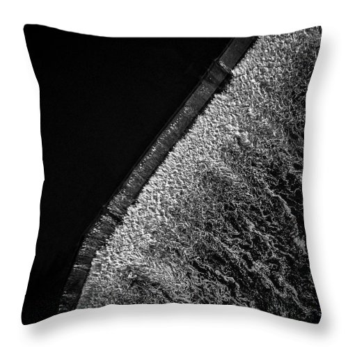 Aerial Throw Pillow featuring the photograph Carpentersville Dam by Giovanni Arroyo