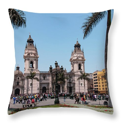 Cathedral Throw Pillow featuring the photograph Cathedral Of Lima by Bob Phillips
