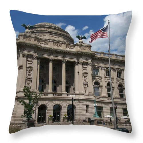 Central Library Throw Pillow featuring the photograph Central Library Milwaukee by Anita Burgermeister