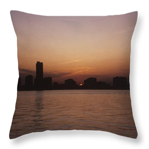 Chicago Throw Pillow featuring the photograph Chicago Sunset by Gary Wonning