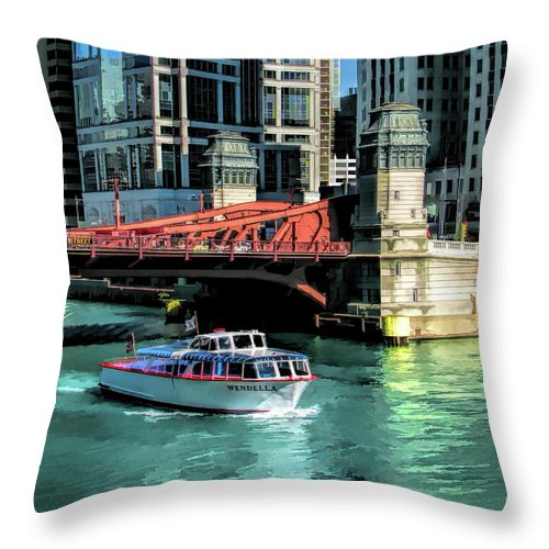 Chicago Throw Pillow featuring the painting Chicago Wendella Boat Tours by Christopher Arndt