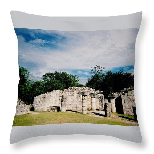 Chitchen Itza Throw Pillow featuring the photograph Chichen Itza 2 by Anita Burgermeister
