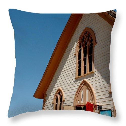 Usa Throw Pillow featuring the photograph Church Prayers St Pauls by LeeAnn McLaneGoetz McLaneGoetzStudioLLCcom