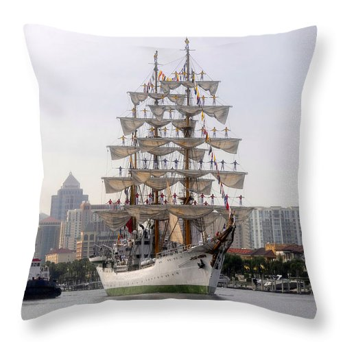 Tampa Florida Throw Pillow featuring the photograph Cigar City Sailing by David Lee Thompson