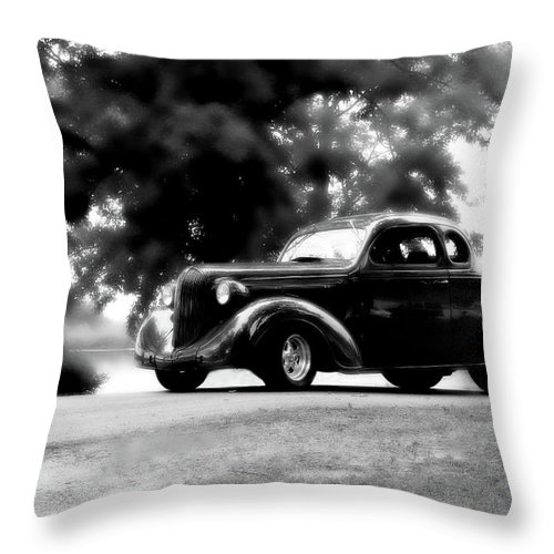 Plymouth Throw Pillow featuring the photograph Classy by Joel Witmeyer