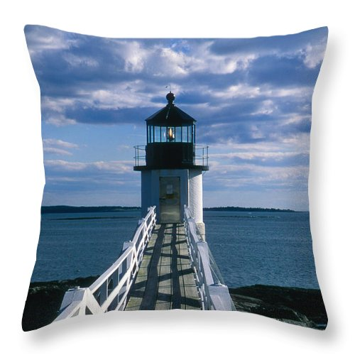 Landscape Lighthouse New England Marshall Point Light Port Clyde Throw Pillow featuring the photograph Cnrh0603 by Henry Butz