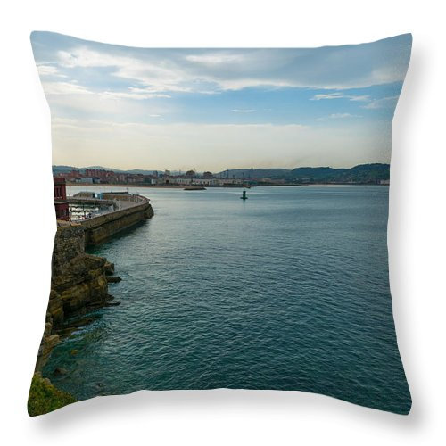Spain Throw Pillow featuring the photograph Coastline Of The Bay by Ric Schafer