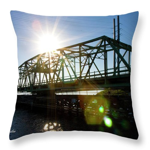 Beach Throw Pillow featuring the photograph Come On Through by Betsy Knapp