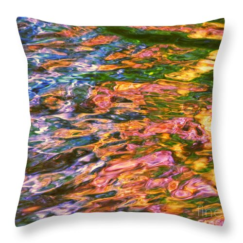 Water Art Throw Pillow featuring the photograph Competitive Forces by Sybil Staples
