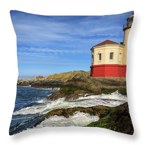 Coquille River Throw Pillow featuring the photograph Coquille River Lighthouse At Bandon by James Eddy