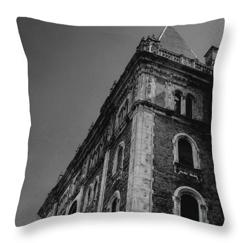 Black And White Throw Pillow featuring the photograph Corner Opera by Charla Dury