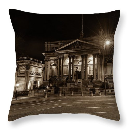 6x4 Throw Pillow featuring the photograph County Sessions House By Night Liverpool by Jacek Wojnarowski