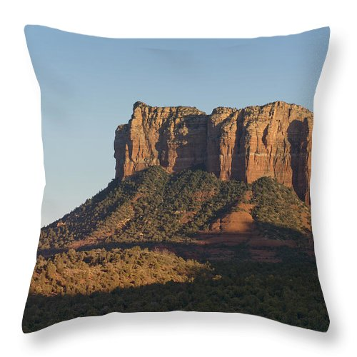 Butte Throw Pillow featuring the photograph Courthouse Rock by Kenneth Hadlock