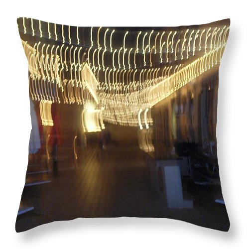 Photograph Throw Pillow featuring the photograph Courtside Lounge by Thomas Valentine
