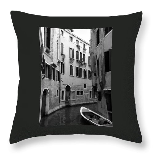 Venice Throw Pillow featuring the photograph Curved Canal by Donna Corless