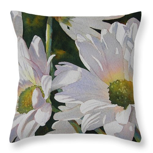 Daisy Throw Pillow featuring the painting Daisy Bunch by Judy Mercer