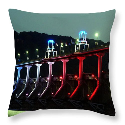 Bridge Throw Pillow featuring the photograph Damm River Bridge by Kenna Westerman