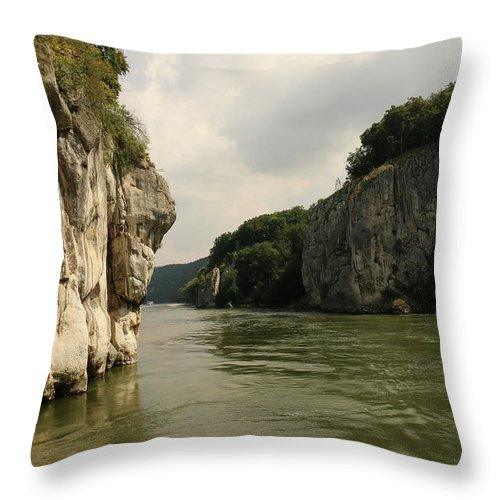 River Throw Pillow featuring the photograph Danebu Gorge by Christiane Schulze Art And Photography