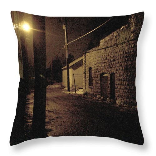 Alley Throw Pillow featuring the photograph Dark Alley by Tim Nyberg