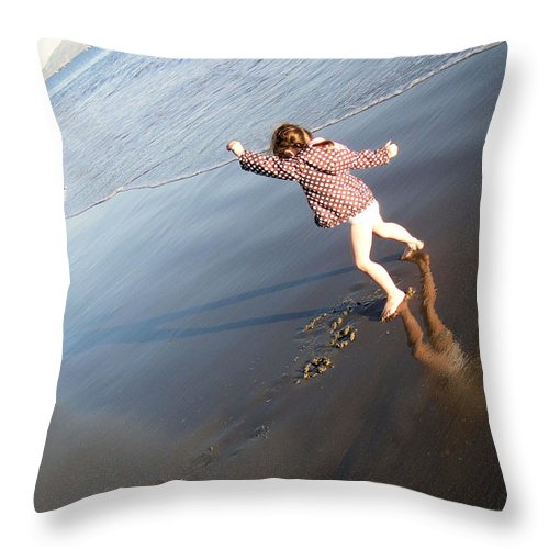 Beach Throw Pillow featuring the painting Day In Santa Barbara by Laura Leigh McCall