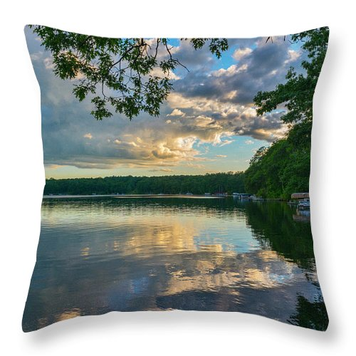 Water Throw Pillow featuring the photograph Day's End by Ben Thompson