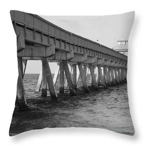 Architecture Throw Pillow featuring the photograph Deerfield Beach Pier by Rob Hans