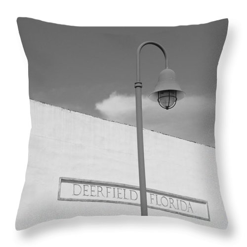 Black And White Throw Pillow featuring the photograph Deerfield Florida by Rob Hans