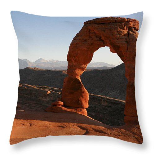 Delicate Arch Throw Pillow featuring the photograph Delicate Arch by Marilyn Hunt