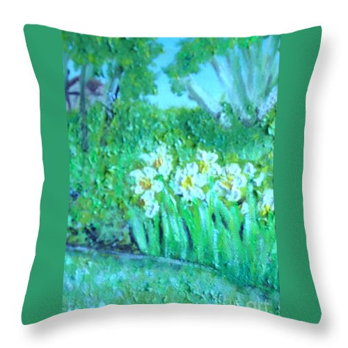 Daffodils Throw Pillow featuring the painting Dependable Daffodils by Laurie Morgan