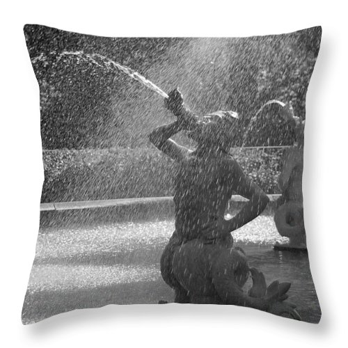 Forsyth Fountain Throw Pillow featuring the photograph Detail Of Forsyth Fountain - Savannah Georgia Black And White by Suzanne Gaff