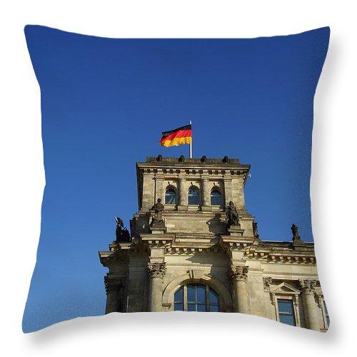 Deutscher Bundestag Throw Pillow featuring the photograph Deutscher Bundestag II by Flavia Westerwelle