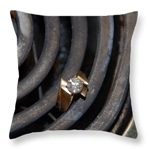Gold Throw Pillow featuring the photograph Diamond Rings by Rob Hans