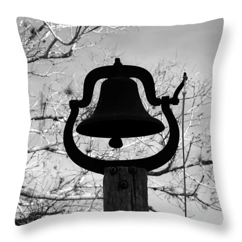 Dinner Bell Throw Pillow featuring the photograph Dinner Bell by David Lee Thompson