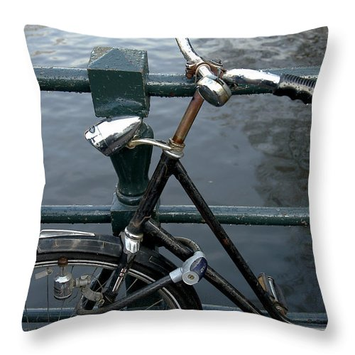 Landscape Amsterdam Red Light District Bicycle Throw Pillow featuring the photograph Dnrh1104 by Henry Butz