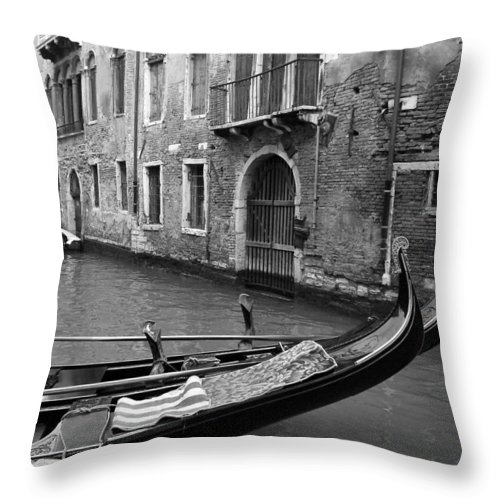 Venice Throw Pillow featuring the photograph Double Parked by Donna Corless