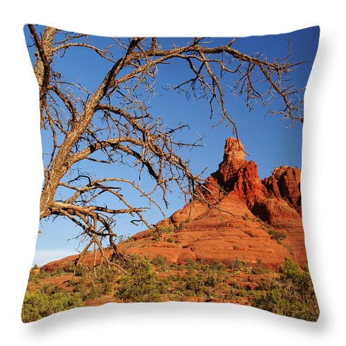 Sedona Throw Pillow featuring the photograph Draw Me Closer by Linda Shafer