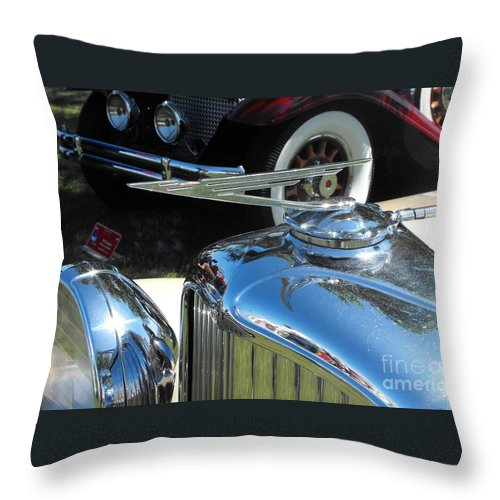 Duesenberg Throw Pillow featuring the photograph Duesenberg Hood Ornament by Neil Zimmerman