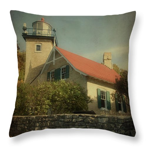 Eagle Bluff Throw Pillow featuring the photograph Eagle Bluff Lighthouse by Joel Witmeyer