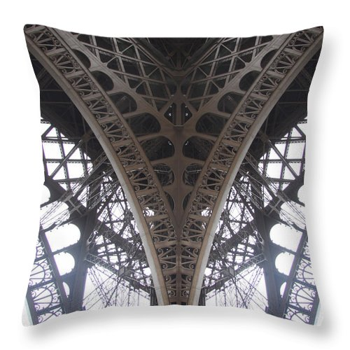 Paris Throw Pillow featuring the photograph Eiffel Midday by Von Hoffman